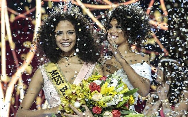Raissa Santana crowns Monalysa