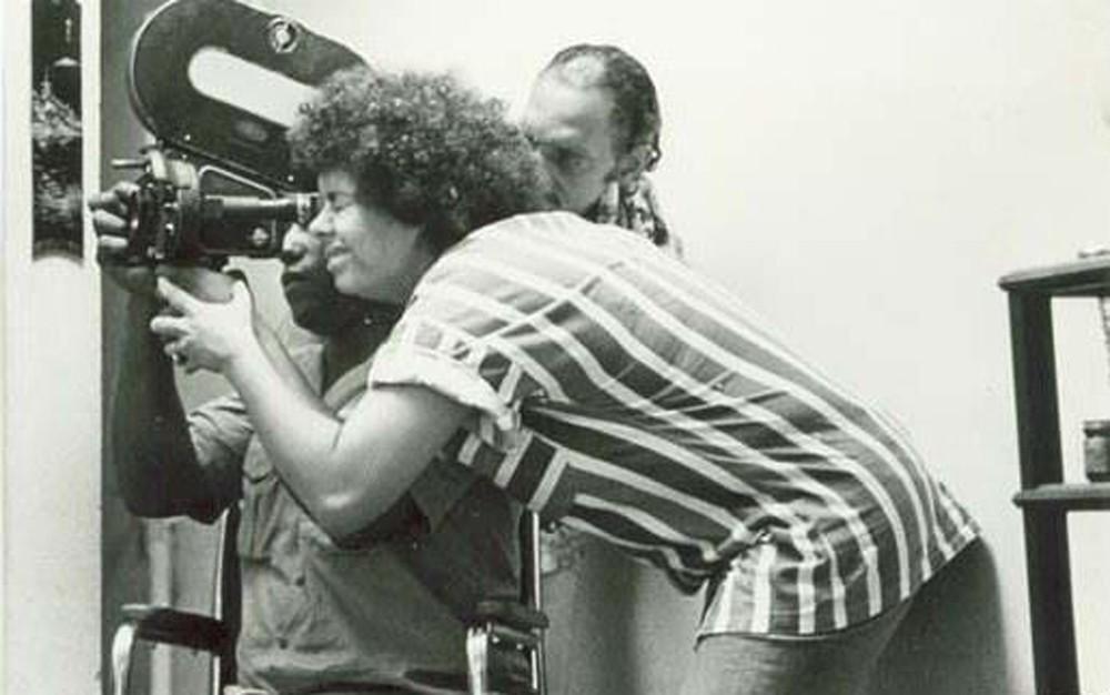 Adélia Sampaio no set de gravação de um dos filme