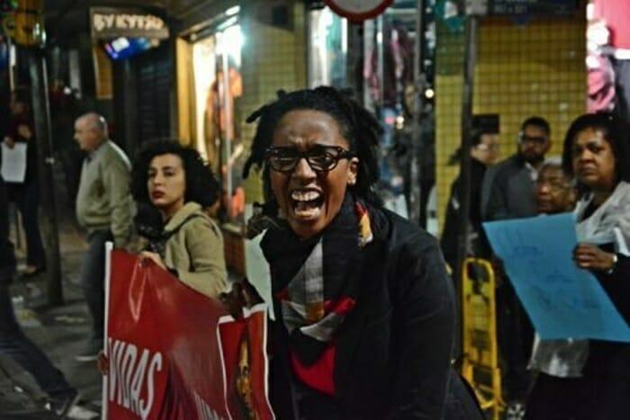 Camila de Moraes enfrenta a dura batalha de ser mulher negra no audiovisual