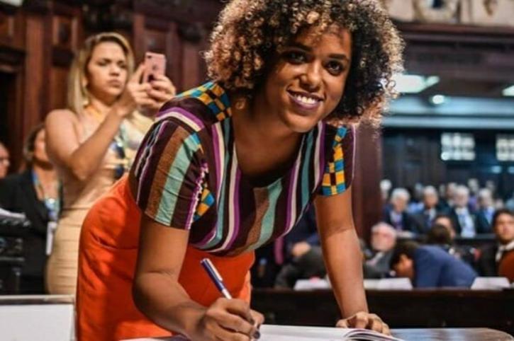 Daniela Monteiro (PSOL-RJ)
