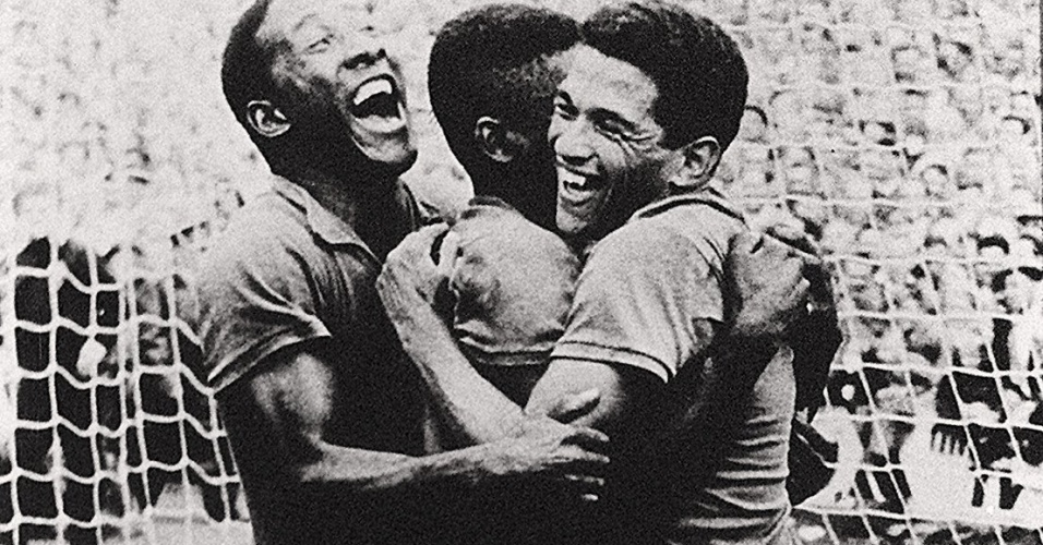 Homeland of futebol cleats: book Reports on the overcoming of racism