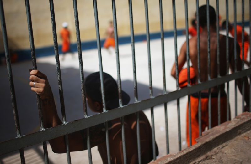 812,000 prisoners: blacks and peripheral residents are most affected