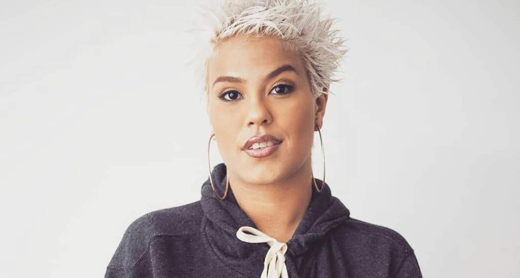 Bivolt (13 Brazilian Female Rappers Who are Famous in the World)