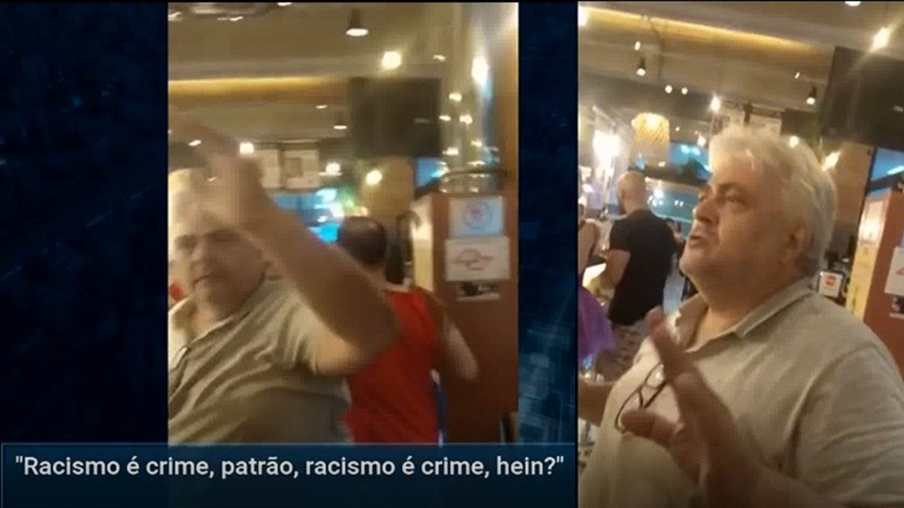 owner shows up Three Black Men barred from Restaurant after watching whites Enter