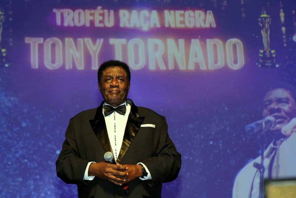 Black Race Awards Honors Actor/Singer Tony Tornado