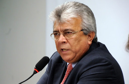 Almeida Lima was white in 2014, becoming brown in 2016 and 2020