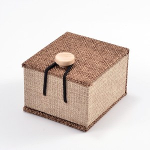 Burlap Ring Gift Box
