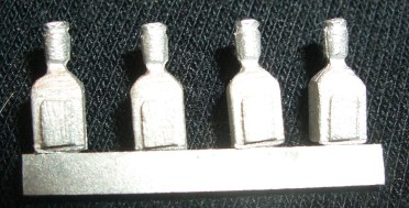 8x square spirit bottles