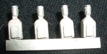 8x square spirit bottles