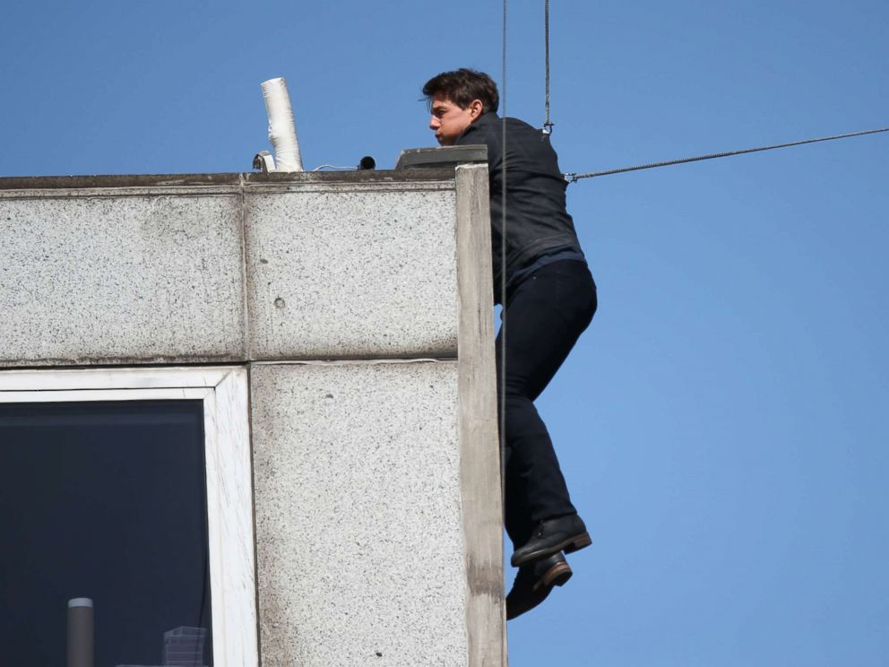 Tom Cruise is seen performing another amazing stunt for his new film 'Mission Impossible 6' in London, Aug. 13, 2017.