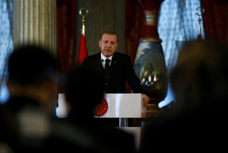 Turkish President Tayyip Erdogan speaks during a news conference in Istanbul, Turkey October 20, 2017.  REUTERS/Osman Orsal