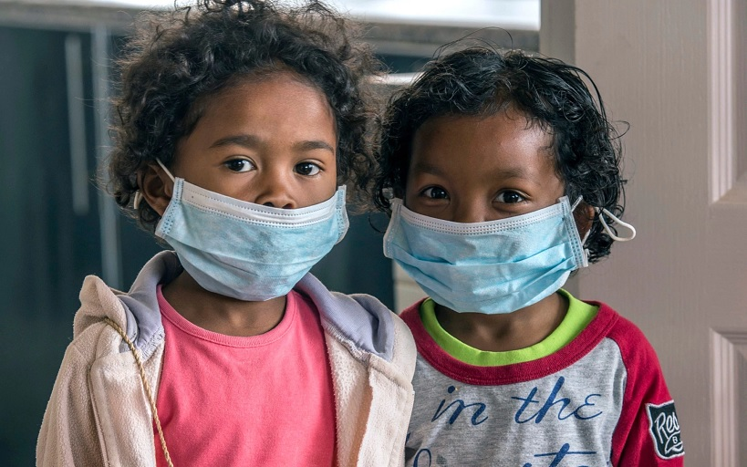 Children at a school in Madagascar wear face masks to protect them from a plague outbreak (CREDIT: ALEXANDER JOE/AP)