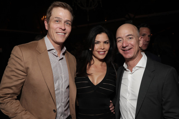 Patrick Whitesell, Lauren Sanchez and Jeff Bezos in 2016 (Getty Images)