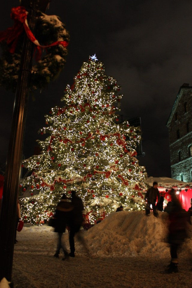 Toronto Christmas Market at the Distillery District 2014