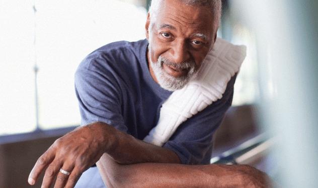 older-man-gym