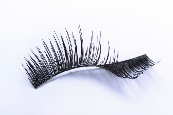 Extend The Life Of Your False Lashes