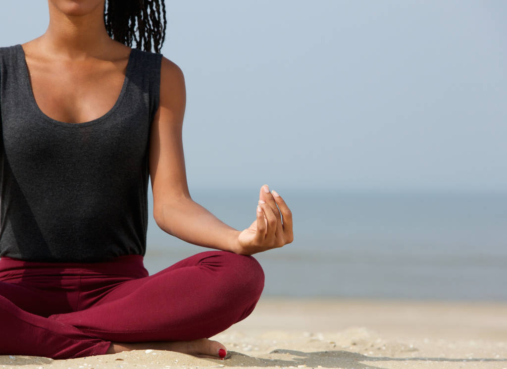 FEELING STRESSED? THERE'S AN APP FOR THAT! 5 FREE MEDITATION APPS TO TRY RIGHT NOW.