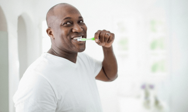 man-brushing-teeth