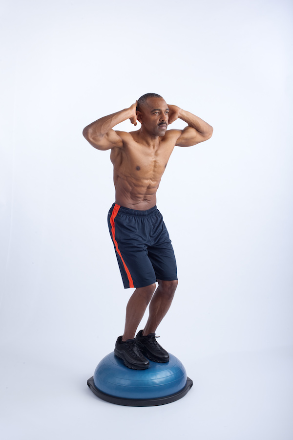 bosu squat 1