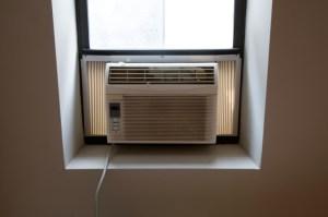 air conditioner unit in window