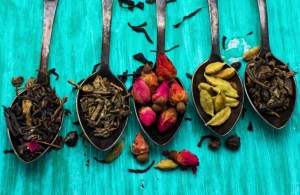 five varieties of loose teas