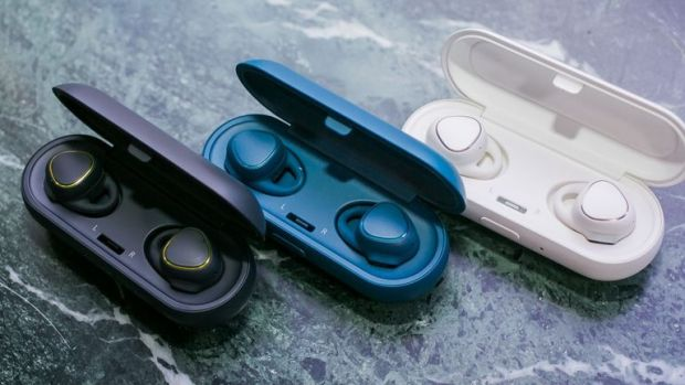 Samsung Gear IconX Black Friday Deals
