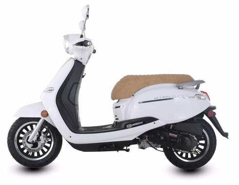 Trailmaster Turino 50A 50cc ScooterBlack Friday Deal 2019