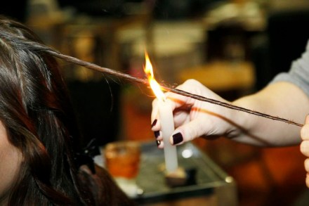 new-trend-women-burning-their-ends-to-get-rid-of-split-ends
