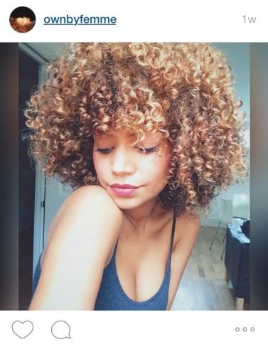 Instagrammer @ownbyfemme and her blonde curls.