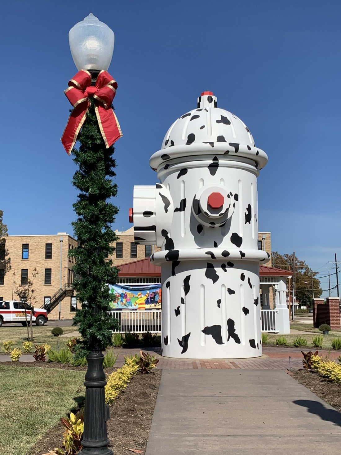 Giant fire hydrant