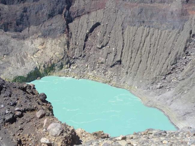 el-salvador-volcano