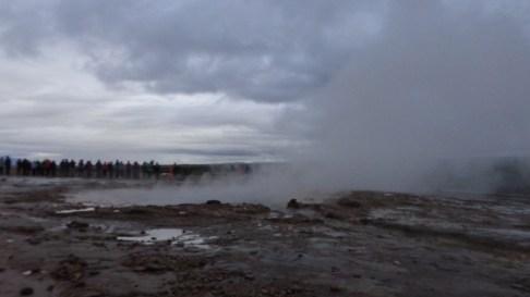 strokker-erupts