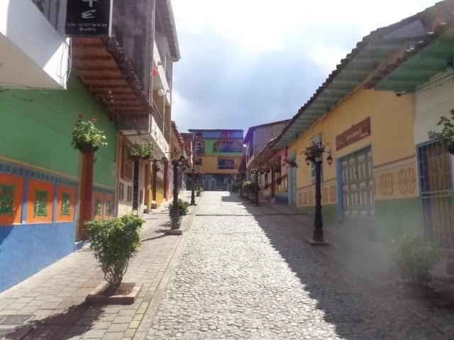 city-of-guatape-streets