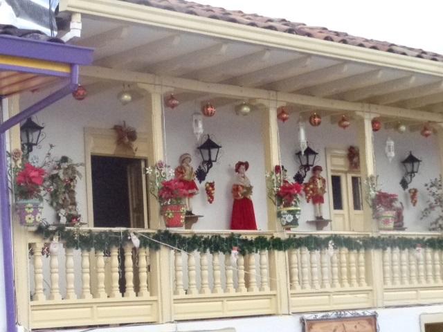 decorations-of-guatape