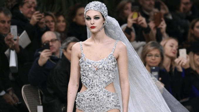 Eye-catcher with Chanel's Spring 2019 runway makeup