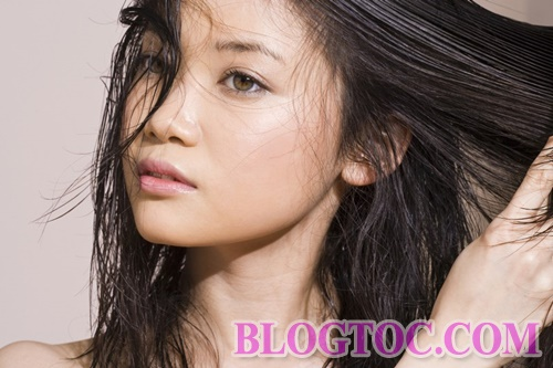 Cause a lot of hair loss from seemingly harmless daily habits 3