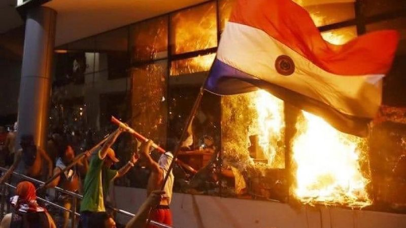 Protests erupt near Paraguay's 'Friendship Bridge'