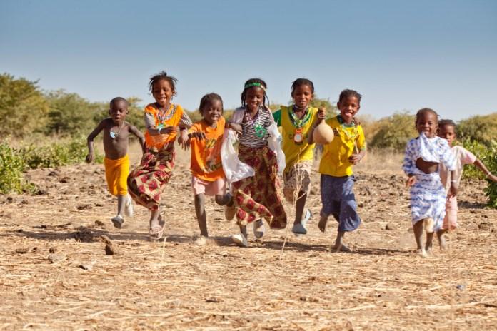 Burkina Faso children running
