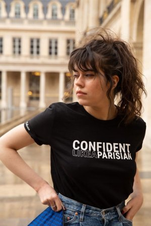 Confident like a Parisian