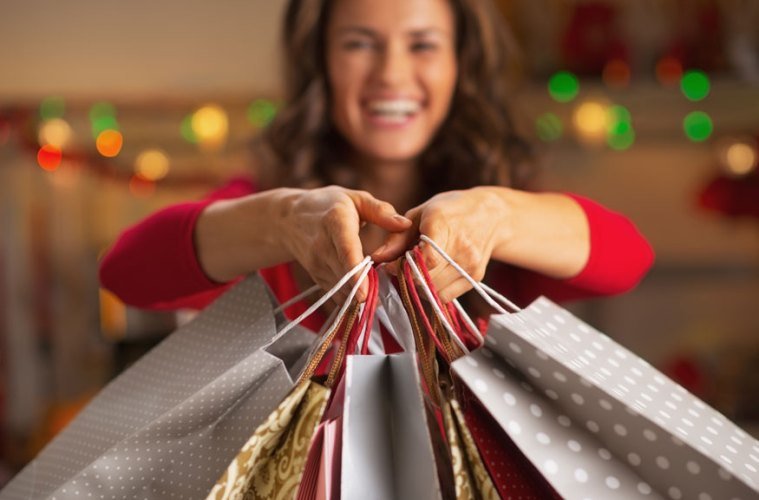 christmas-shopping-bags