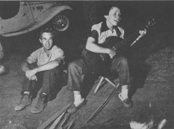 Jan_and_Herb_Conn_at_Devils_Tower_-_1956
