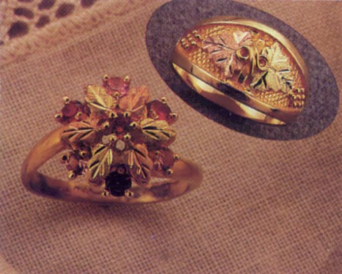 Ring BH Gold