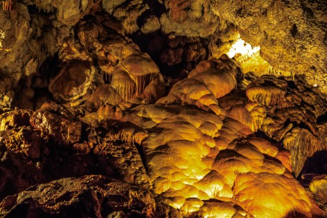 Inside Jewel Cave National Monument...