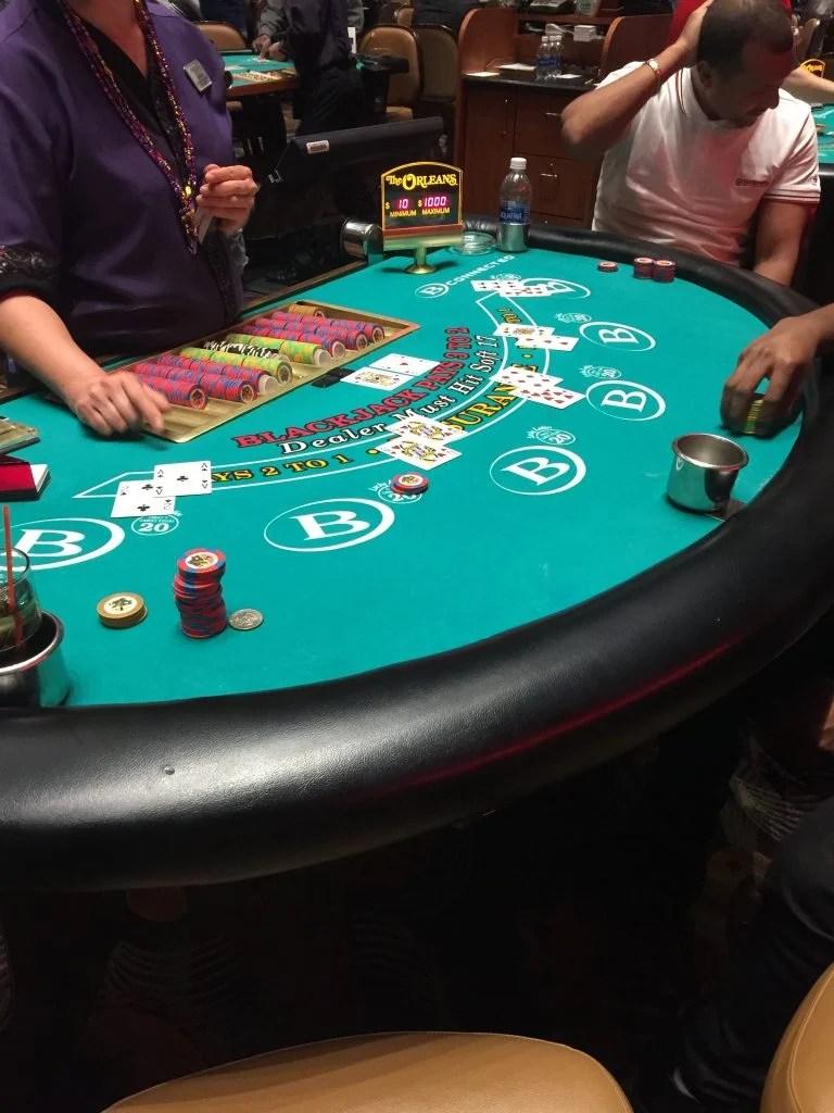 Blackjack Table Lucky Lady
