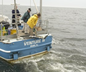 Deploying Towed Side Scan Sonar