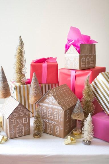 http://thehousethatlarsbuilt.com/2015/12/diy-gingerbread-house-gift-boxes.html/
