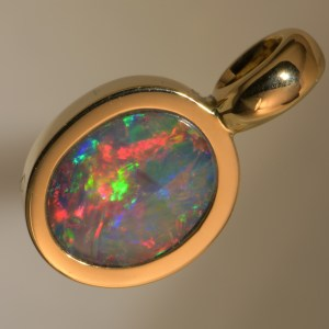 Australian Hand Made Natural Black Opal 18 CT Gold Pendant j003