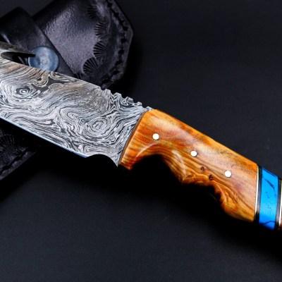 Damascus Gut hook knife