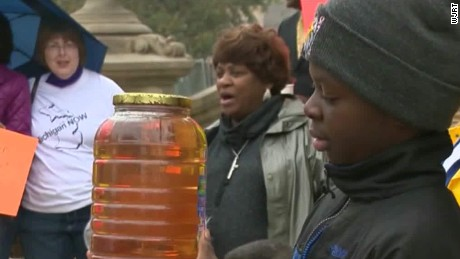 10 Things They Won't Tell You About the Flint Water Tragedy.  But Michael Moore Will.