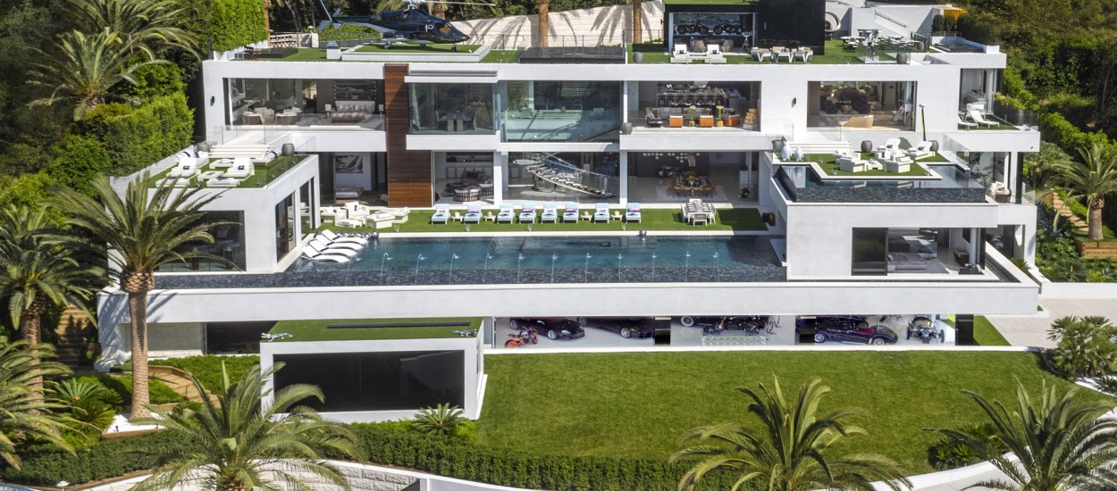 A Look Inside A $250 Million California Mansion